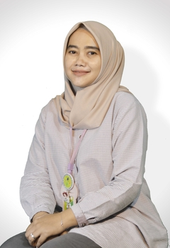 Wiwin Nurhayati, AMK